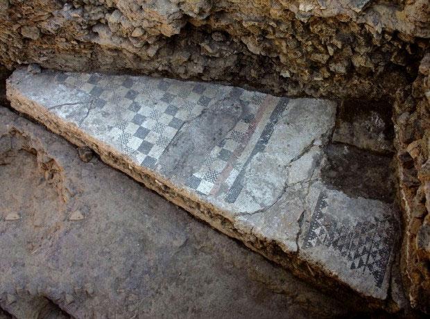Video: Khai quật nơi hoàng đế la mã đầu tiên ra đời