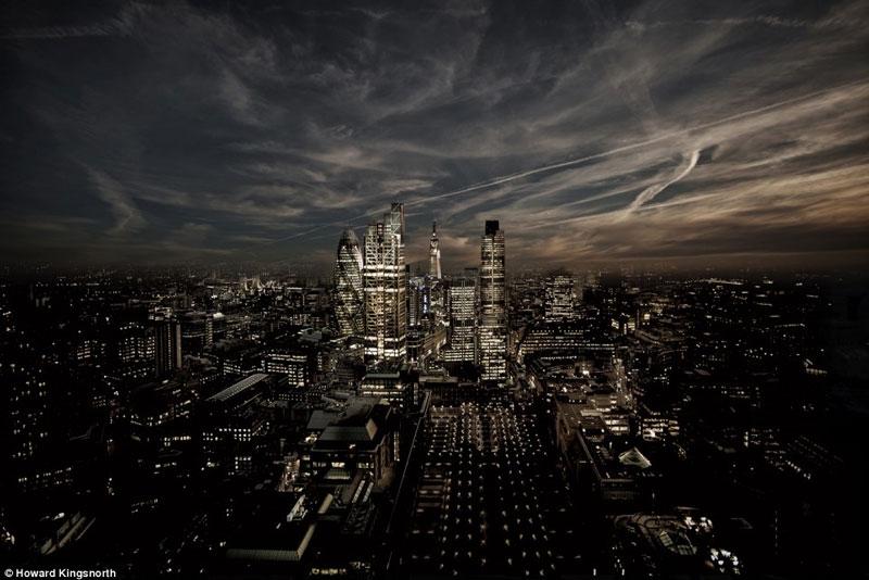Quảng trường Mile trong cái nhìn đen tối và nham hiểm