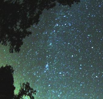 Mưa sao băng xuất hiện vào ngày mai