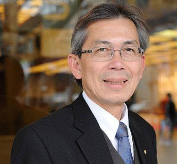 Giáo sư gốc Việt tranh giải Người Australia của năm 2012