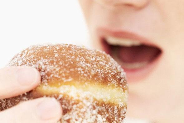 Bệnh khó nói ở chị em: Chỉ vì bánh ngọt