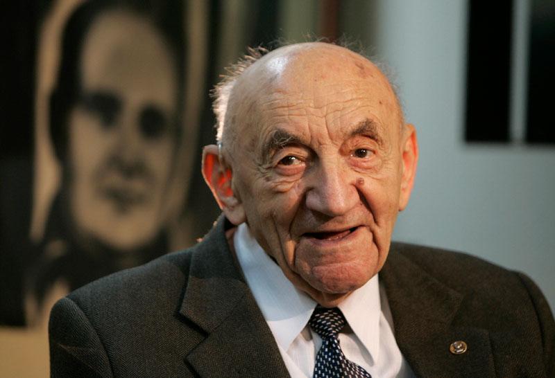 Nhà khoa học vũ trụ vĩ đại Boris Chertok từ trần