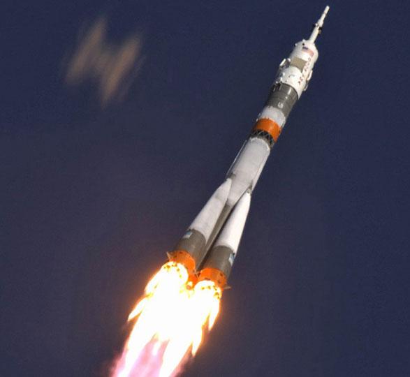 Nga phóng tên lửa Soyuz mang 6 vệ tinh