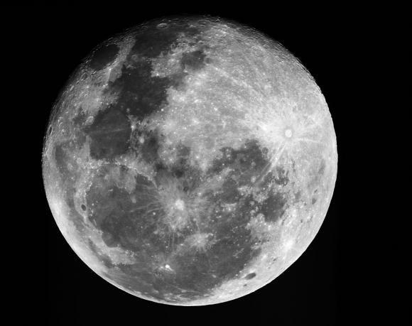 Trung Quốc mơ bay tới mặt trăng