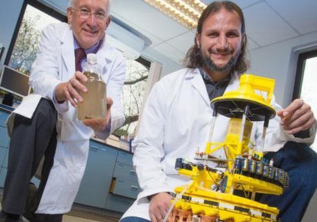 Robot mang tên EcoBotIII sẽ làm thay đổi cách thức xử lý chất thải lỏng và mềm.