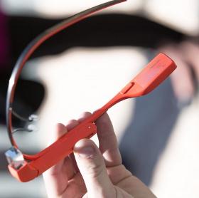 Google Glass áp dụng công nghệ truyền âm qua xương