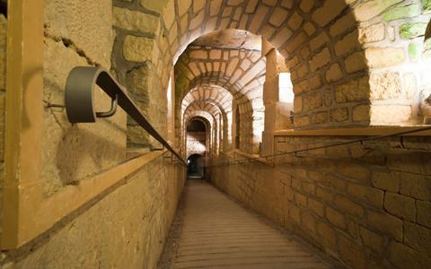 Khu lăng mộ ở Paris