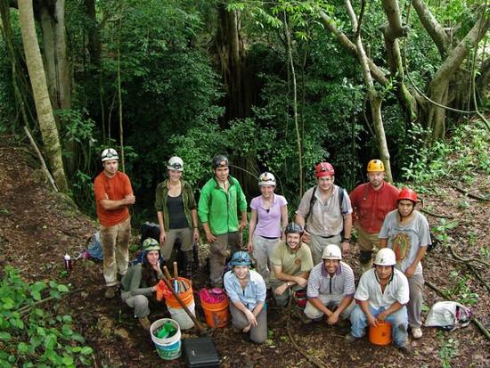 Các thành viên trong đoàn thám hiểm.