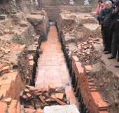 Phát lộ đường nước khổng lồ dưới Hoàng thành Thăng Long