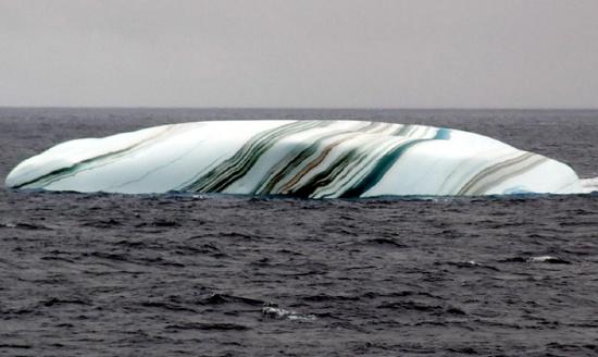 Tảng băng trôi sọc