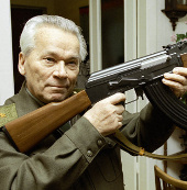 Cha đẻ của súng AK-47 phải nhập viện