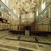 """Vatican """"khử trùng"""" cho các du khách"""