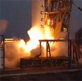Video: Vụ phóng vệ tinh thương mại đầu tiên của SpaceX