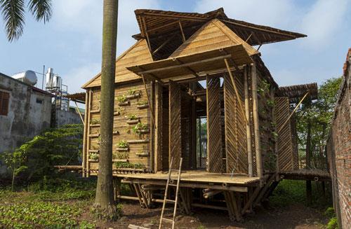 Ngôi nhà tre sống chung với thiên tai ở Việt Nam