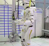 Video: Robot cứu hộ hình người của NASA