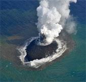 Đảo mới ở Nhật Bản tiếp tục mở rộng diện tích
