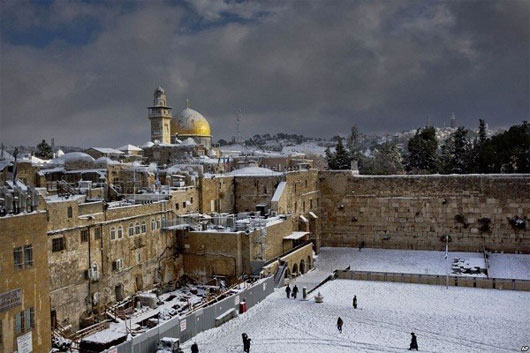 Vì sao tuyết rơi bất thường ở Việt Nam, Ai Cập và Trung Đông?