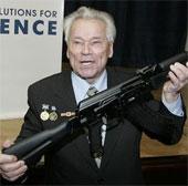 Cha đẻ súng AK-47 Kalashnikov huyền thoại qua đời