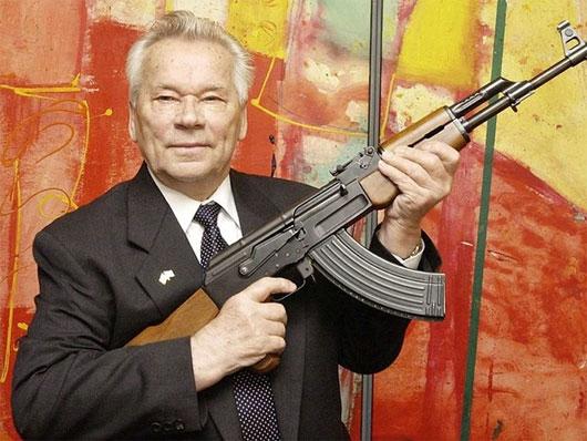 10 điều thú vị về cha đẻ súng AK