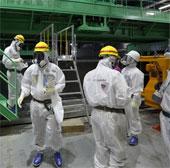 Công tác khử xạ quanh Nhà máy Fukushima chậm ba năm