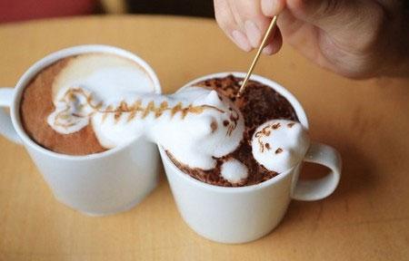 Tạo hình 3D tuyệt đẹp từ bọt sữa trên tách cà phê