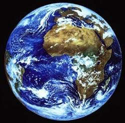 Trái đất ngày càng nhỏ đi?
