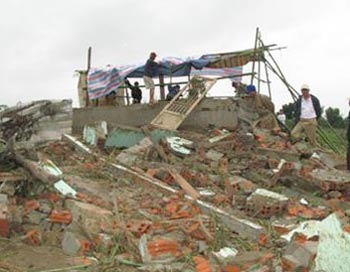 Bão và áp thấp nhiệt đới cùng đe dọa Việt Nam