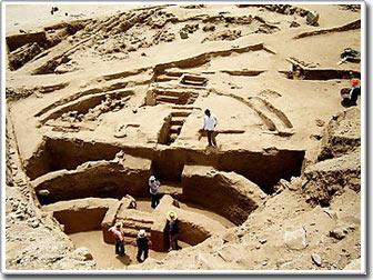 Phát hiện quảng trường 5.500 tuổi ở Peru