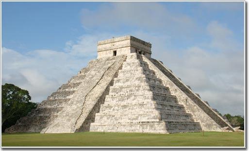 Ai được phép xây dựng những ngôi đền cổ Maya?