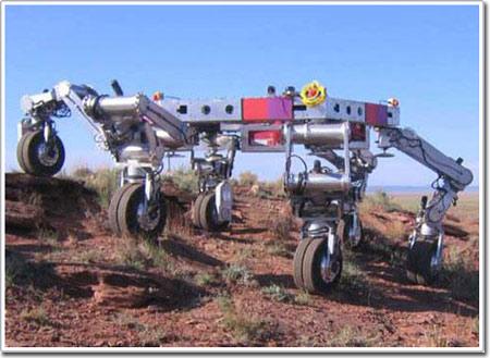 Xe tự hành đi được trên nhiều địa hình