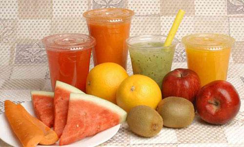 Không nên dùng nước ép trái cây để uống thuốc