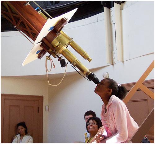 Tạp chí Astronomy công nhận chương trình thiên văn cộng đồng đặc sắc