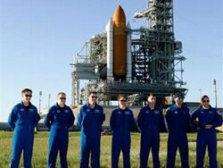 Tàu con thoi Endeavour đã sẵn sàng cho lần phóng vào thứ Sáu