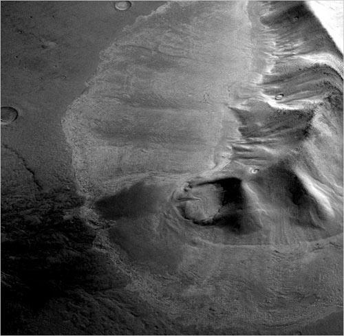 Sao Hỏa có nhiều hồ băng lớn