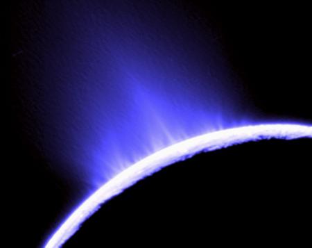 Phát hiện nước trên một vệ tinh của sao Thổ