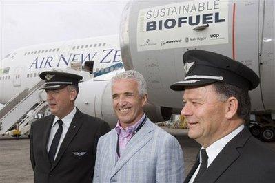 Máy bay chở khách thử nghiệm xăng thực vật