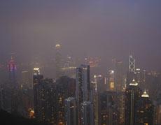 Ô nhiễm khiến 1/5 dân Hong Kong muốn bỏ đi