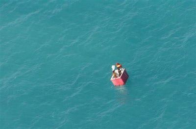 Chim cứu ngư dân gặp nạn