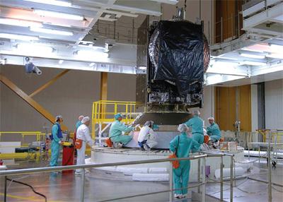 Những người 'lái' vệ tinh Vinasat-1
