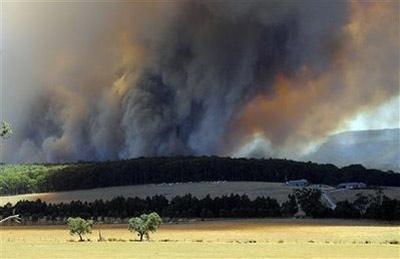 Thay đổi khí hậu tiếp sức cho biển lửa Australia