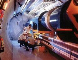 Máy gia tốc hạt lớn nhất thế giới sắp hoạt động trở lại