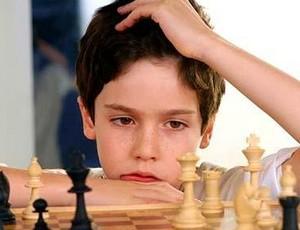 Muốn con thông minh, hãy cho chúng chơi cờ vua