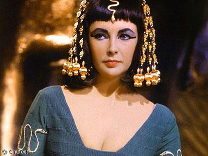 Nữ hoàng Cleopatra là 'người gốc Phi'