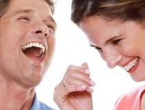 Đàn ông hài hước được phụ nữ thích hơn