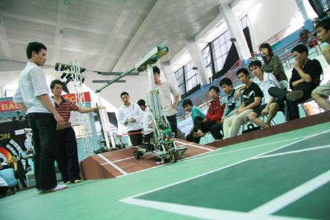 Sinh viên Việt Nam 'ngán' đề thi Robocon 2009