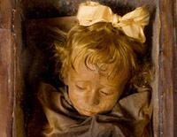 Vén màn bí ẩn xác chết tươi nguyên sau 89 năm