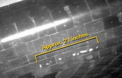 Phát hiện các vết sứt mẻ trên tàu con thoi Atlantis