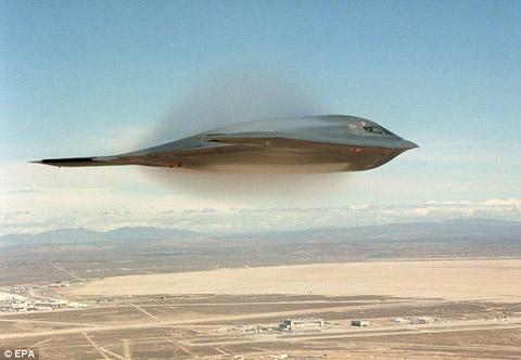 Mỹ công bố hình ảnh B-2 'phá tường âm thanh'
