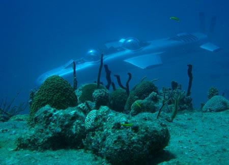 Máy bay hoạt động dưới nước