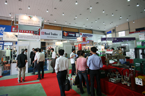 Khai mạc triển lãm lớn về máy móc và công nghệ tại Hà Nội